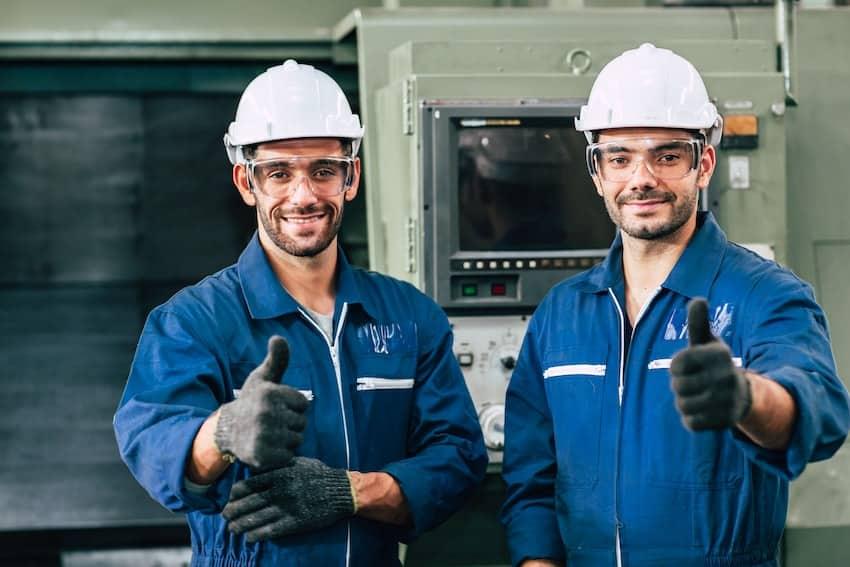 Cómo hacer el mantenimiento de maquinaria industrial